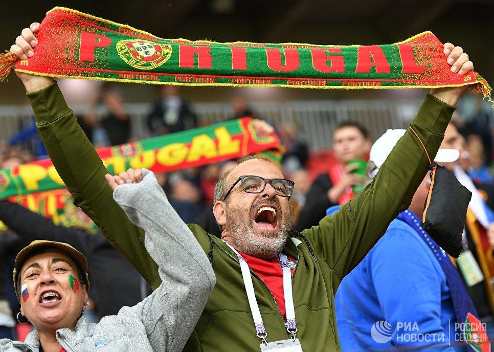 Португальские болельщики перед началом матча Кубка конфедераций-2017 по футболу между сборными России и Португалии