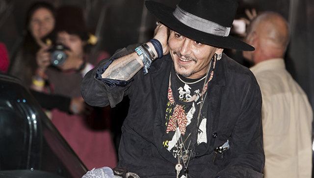 Американский актер Джонни Депп на британском рок-фестивале Гластонбери. 22 июня 2017. Архивное фото