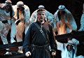 Сцена из оперы Джузеппе Верди Трубадур в постановке Дмитрия Бертмана в Геликон-опере