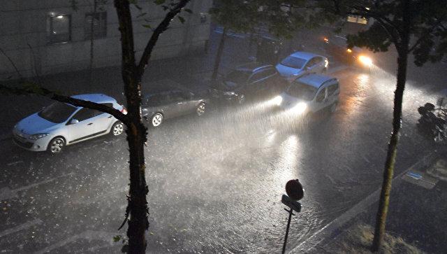 Сильный дождь. Архивное фото
