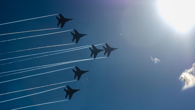 Минобороны разработает самолеты вертикального взлета для авианосца