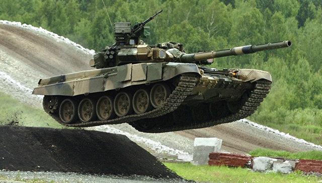Российская Федерация заняла первое место вмире почислу танков, БМП иРСЗО