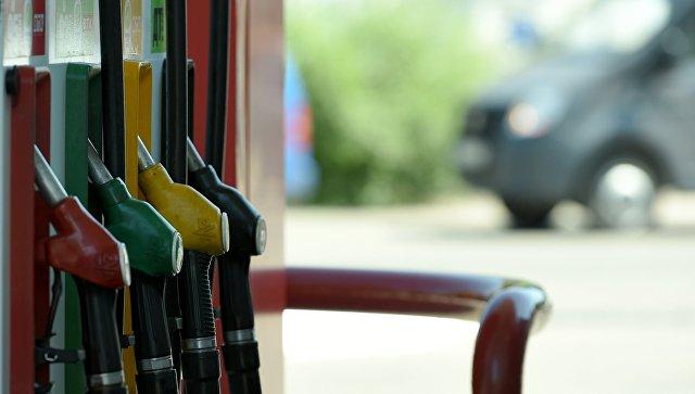 Козак исключил введение госрегулирования цен на топливо