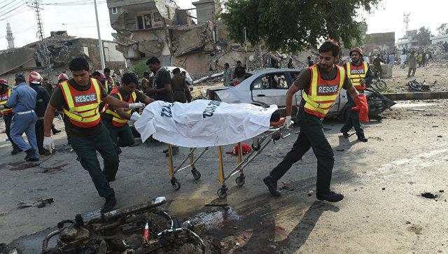 В итоге  взрыва вПакистане погибли 22 человека