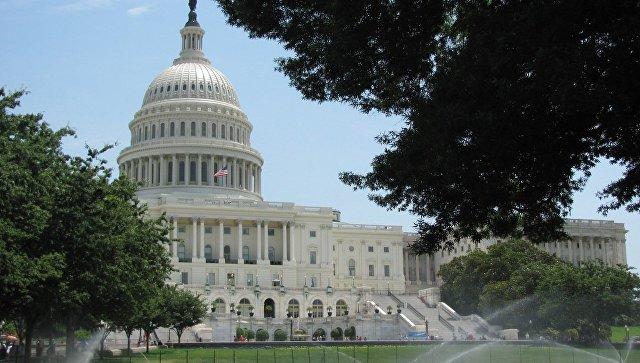 Сенат отправил в минюст запрос о связях демократов с Украиной в 2016 году