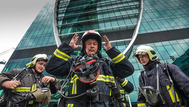 Строящийся небоскреб загорелся в деловом центре «Москва-Сити»