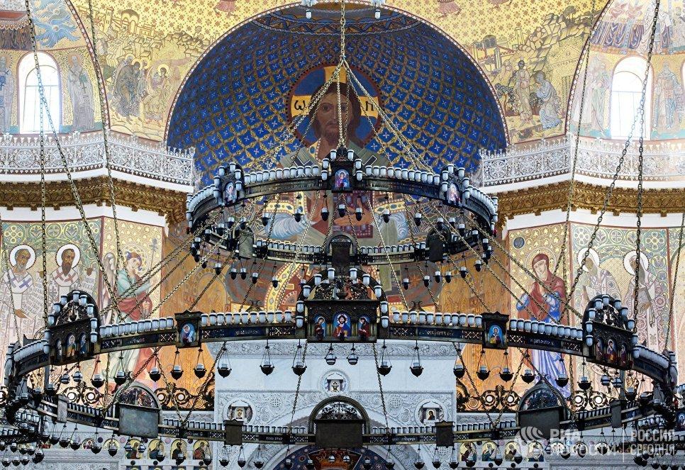Паникадило Морского Никольского собора в Кронштадте