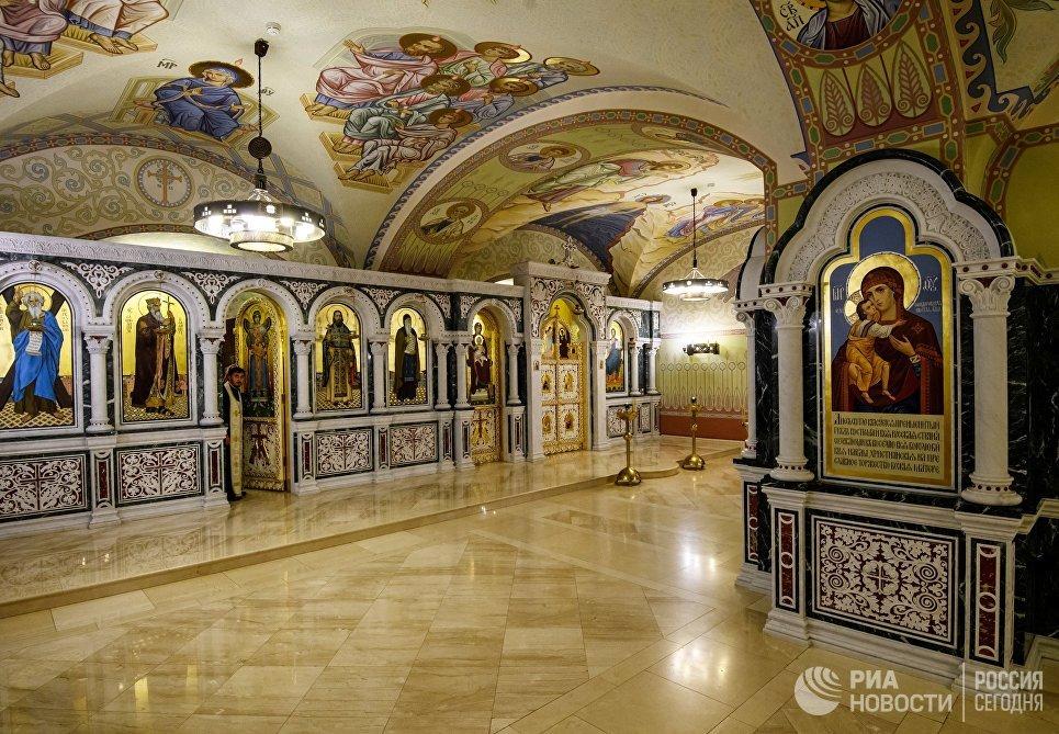 Интерьер Морского Никольского собора в Кронштадте