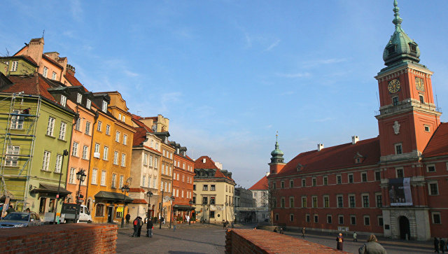 Варшава. Польша. Архивное фото