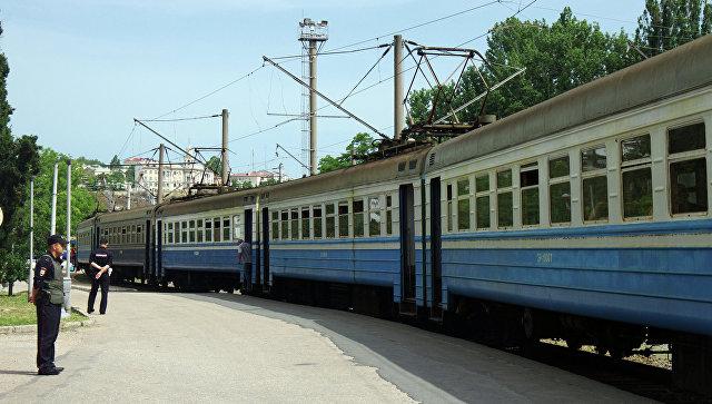 На вокзале в Севастополе эвакуировали пассажиров из-за сообщения о бомбе