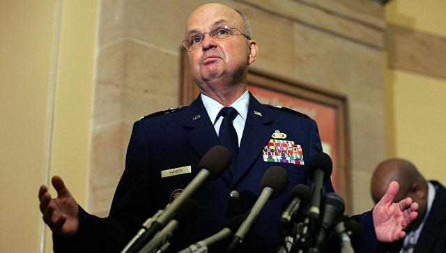 Глава ЦРУ генерал Майкл Хайден. Архивное фото