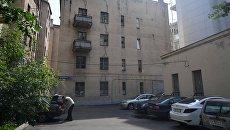 Четырехэтажный жилой дом в Панфиловском переулке в Москве, включенный в программу реновации. Архивное фото