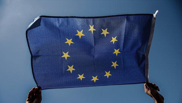 Юнкер выступил против прекращения переговоров о вступлении Турции в ЕС