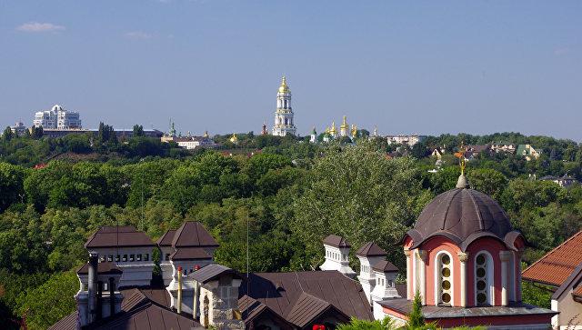 Вид на Киево-Печерскую Лавру. Киев, Украина. Архивное фото