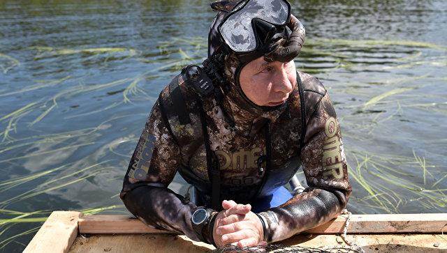 Картинки по запросу подводная рыбалка путин