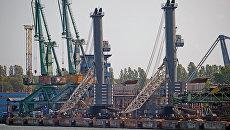 Порт при газовом терминале в Польше. Архивное фото