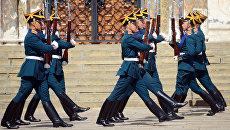Военнослужащие Президентского полка во время развода караула. Архивное фото