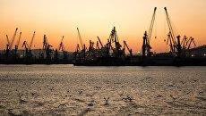 Торговый порт Новороссийска. Архивное фото