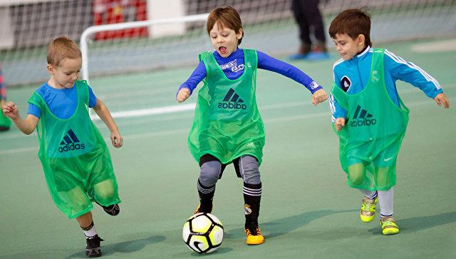 Детский футбол. Архивное фото