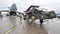 Вертолет ВВС США на американской авиабазе Рамштайн, Германия