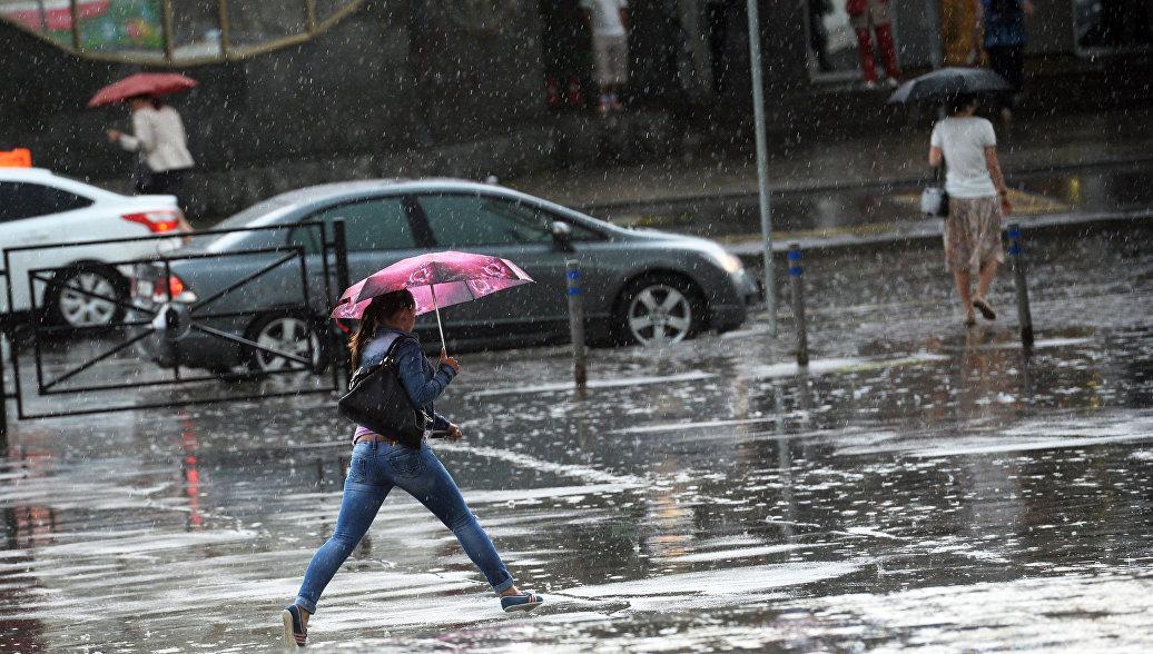 эффективных в какое время завтра пройдет дождь в москве карта