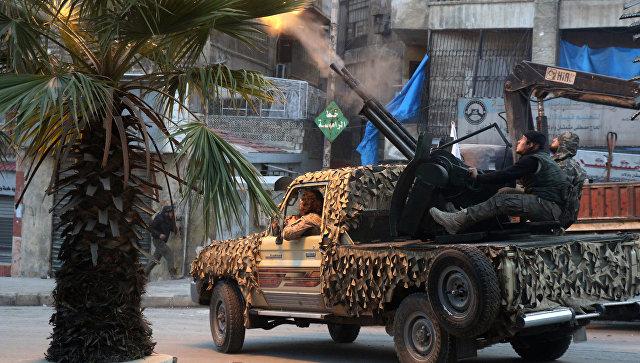 Боевики вооруженной сирийской оппозиции. Архивное фото