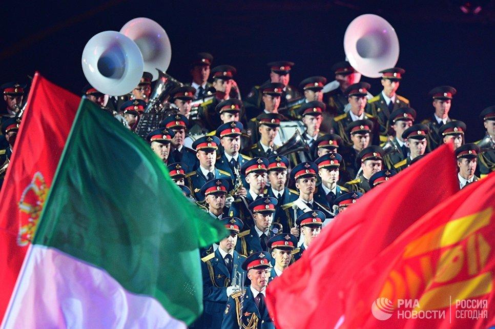 Церемония закрытия фестиваля Спасская башня