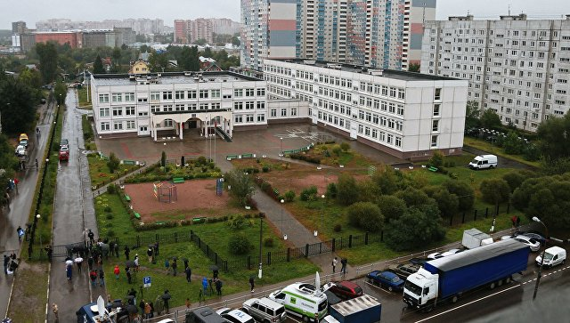Здание школы №1 в Ивантеевке Московской области, где подросток открыл стрельбу. 5 сентября 2017