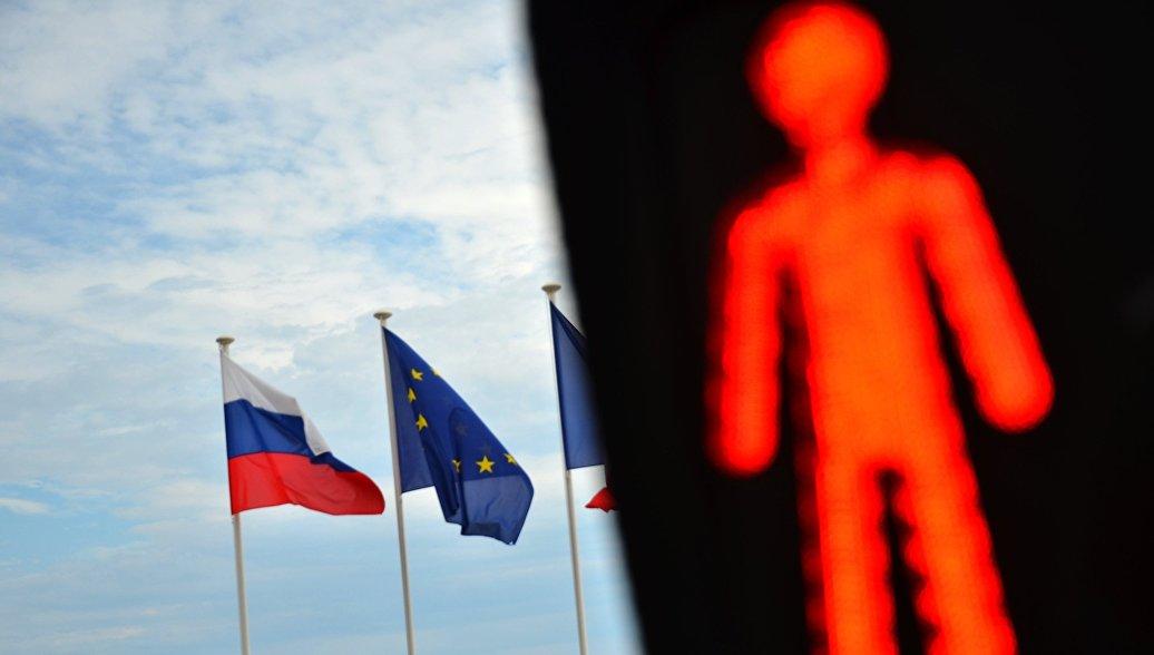 МИД Чехии: Россия по-настоящему ощутит результаты санкций в 2015 году
