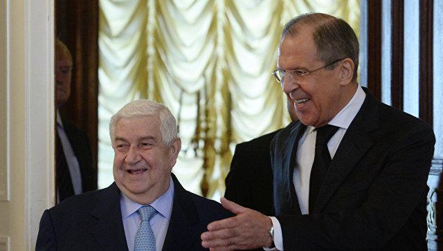 Министр иностранных дел РФ Сергей Лавров и глава МИД Сирии Валид Муаллем. Архивное фото