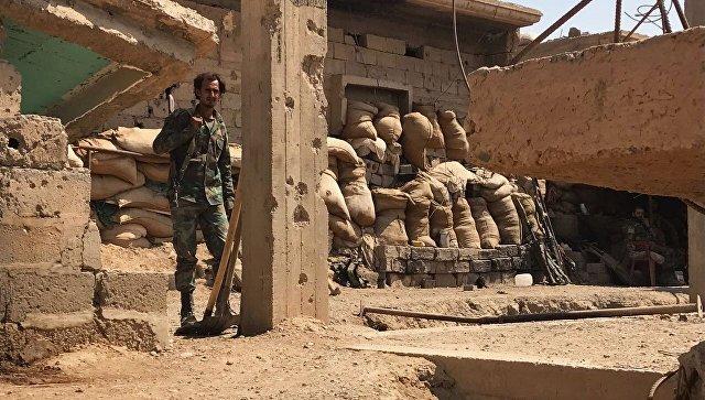 Русские бомбардировщики иподлодка «Колпино» нанесли удар поИГИЛ вСирии