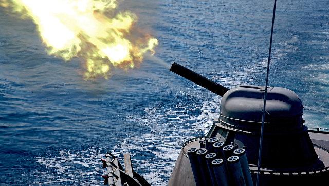 Артиллерийская стрельба установки АК-630