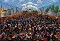 Гости перед открытием фестиваля пива Октоберфест в Мюнхене