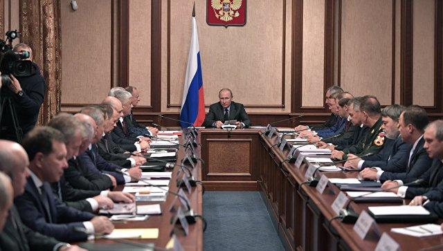 Путин потребовал снизить себестоимость продукции ОПК