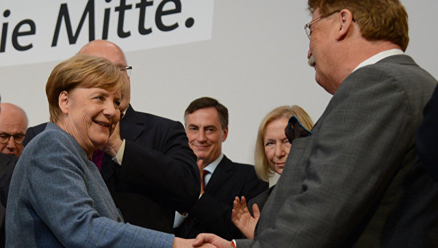 Партия Меркель набирает 35,1% голосов после проверки данных с 57% округов
