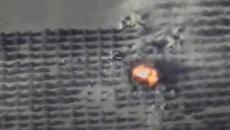 Авиаудары по объектам террористов в Идлибе. Съемка Минобороны РФ