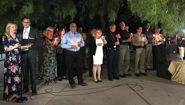 Поминальное мероприятие в память о жертвах стрельбы в Лас-Вегасе