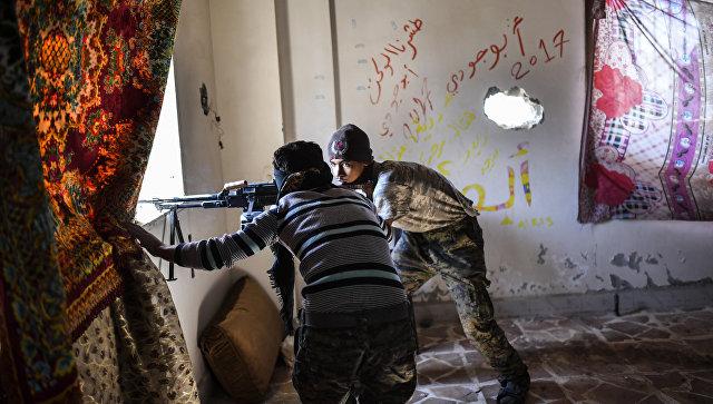 Бойцы Сирийских демократических сил (SDF) в Ракке