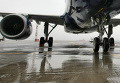 самолет шасси аэропорт