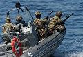 Морской спецназ на генеральной репетиции парада кораблей и военно-спортивного праздника, посвященных Дню Военно-морского флота России, во Владивостоке