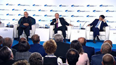 Путин оценил работу RT и Sputnik и ответил на вопрос о женщине-президенте