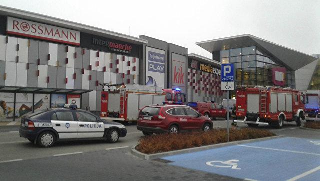 В Польше при нападении мужчины с ножом в торговом центре погиб человек