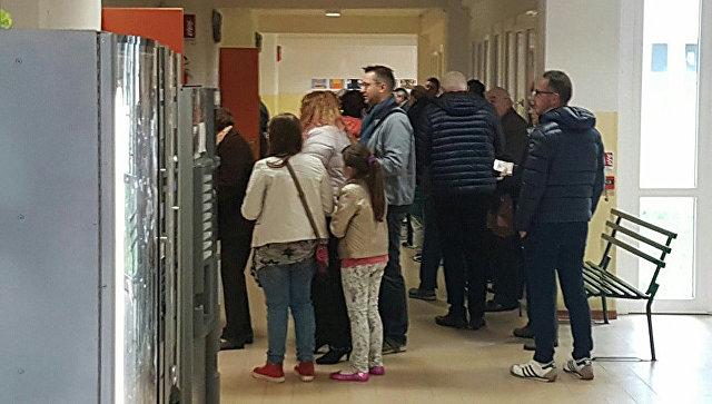 Пусть нас услышат: избиратели голосуют на референдуме об автономии Венето