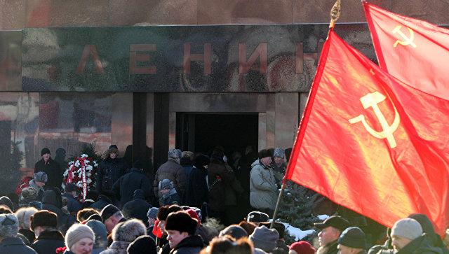 «Труп Ленина нужно убрать сКрасной площади»— Собчак