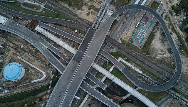 Эстакаад на пересечении Северо-Восточной хорды и проспекта Буденного, где открылось автомобильное движение. 4 сентября 2017