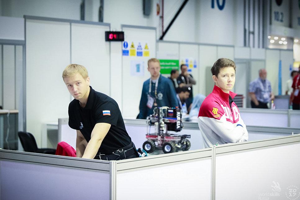 Соревнования в компетенции Мобильная робототехника