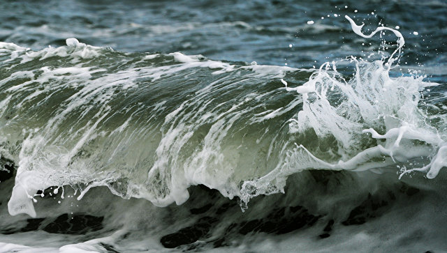 Волны на море. Архивное фото
