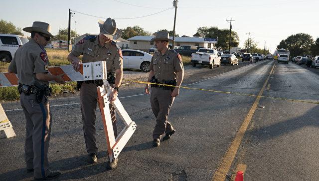 Американские флаги приспустят в память о погибших в Техасе