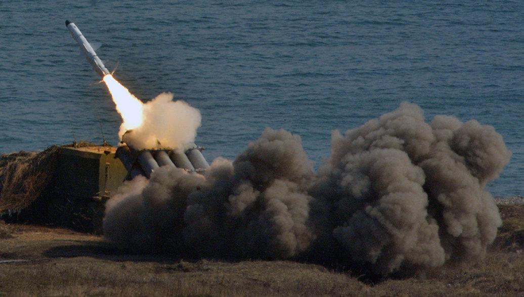 Балтийский флот представил самые новые ракетные комплексы на основной площади Калининграда