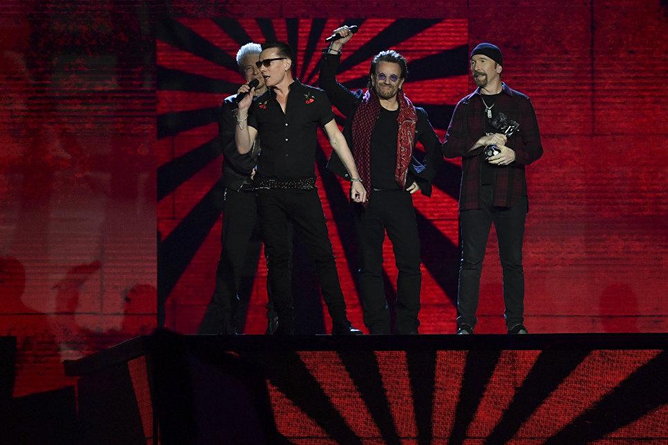 Выступление рок-группы U2 на MTV Europe Music Awards